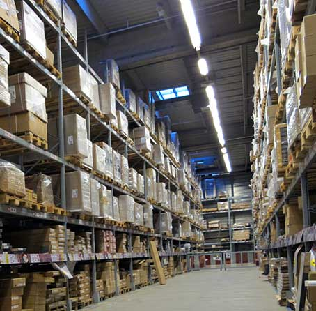 Warehouse with wholesale products